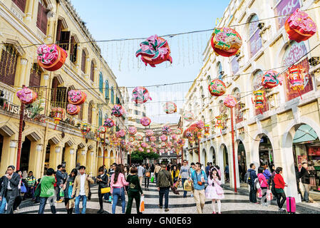 leal senado square famous tourist attraction in central old colonial town area of macao macau china - Stock Photo
