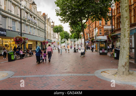 Broad Street in Reading is the main shopping street in the town centre. - Stock Photo