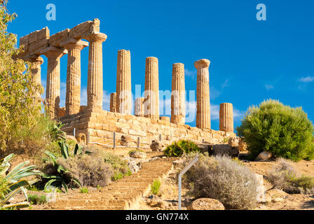 The temple of Juno, in the Valley of the Temples of Agrigento - Stock Photo