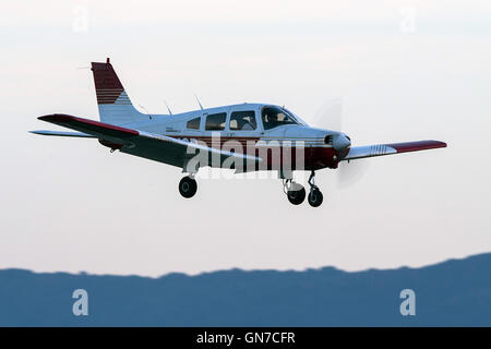 Piper PA-28-161 Warrior II (N8249B) lands at Palo Alto Airport (KPAO), Palo Alto, California, United States of America - Stock Photo
