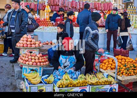 Uzbekistan, Samarkand, Unesco World Heritage, Siab bazaar - Stock Photo