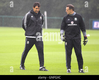 Hensol, Vale of Glamorgan, Wales, UK. 31st August, 2016.  Wales manager Chris Coleman trains with the Welsh football - Stock Photo