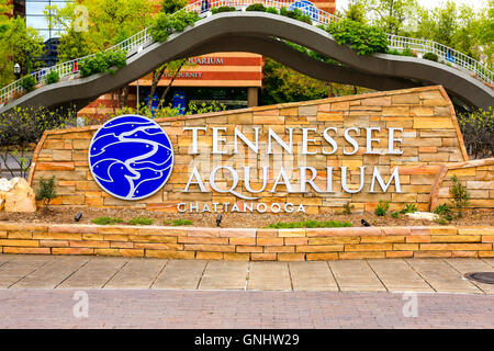 The welcome sign outside the Tennessee Aquarium building in Chattanooga - Stock Photo