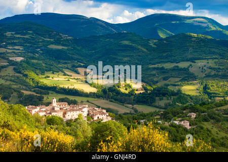 The medieval town of Castelvecchio in the Valnerina, Umbria Italy - Stock Photo