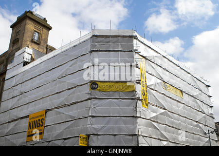 King's scaffolding, construction and refurbishment in Liverpool One, Merseyside, UK - Stock Photo