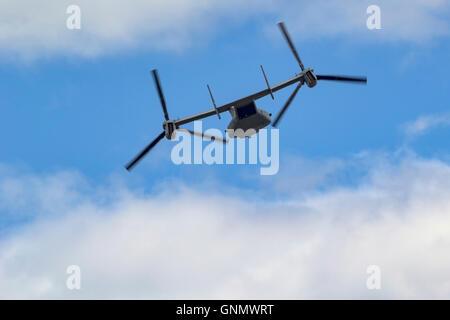 A USMC Bell V-22 Osprey of VMM-161 of the 3rd Marine Aircraft Wing in flight at Hillsboro, Oregon Stock Photo