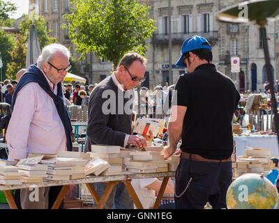 Secondhand books, street market. Bordeaux, Gironde. Aquitaine France Europe - Stock Photo