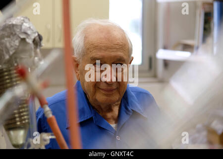 Jerusalem, Israel. 1st Sep, 2016. Prof. Raphael Mechoulam an organic chemist and a pioneer in the field of cannabis - Stock Photo