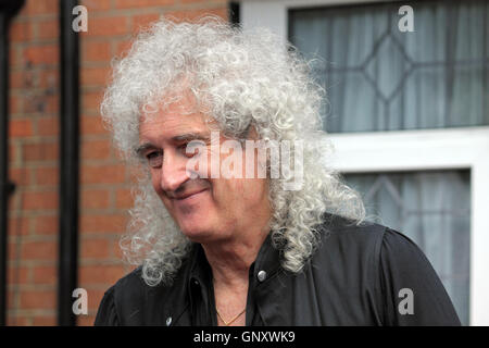 Feltham, London, England, UK. 1st September 2016.  Brian May from rock group Queen unveiled an English Heritage - Stock Photo