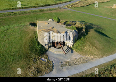 150MM CANNON OF A GERMAN BATTERY (aerial view). Longues-sur-Mer, Calvados, Normandy, France. - Stock Photo