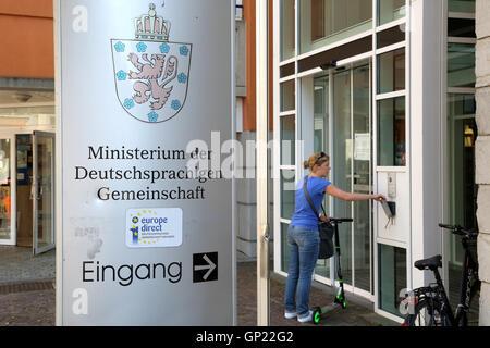 Eingang zum Ministerium der Deutschprachigen Gemeinschaft in Eupen, Belgien. - Stock Photo
