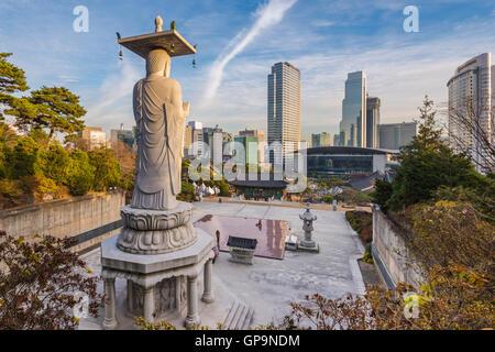 Bongeunsa temple in Seoul City, South Korea - Stock Photo