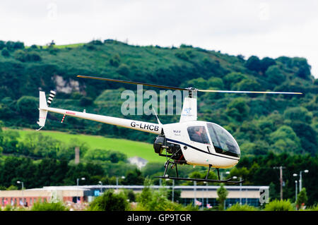 G-LHCB (formerly G-SIVX) Robinson R22 BETA helicopter with a LYCOMING O-360-J2A engine, owned by London Helicopter - Stock Photo