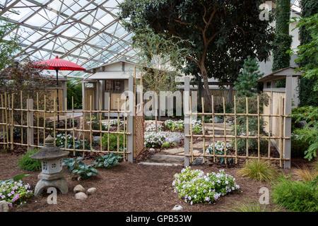 Fort Wayne, Indiana   A Japanese Tea Garden Exhibit At The  Foellinger Freimann Botanical