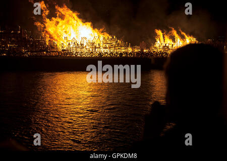 London, UK. 5th September 2016 - a 120 metre replica of London is being burnt on the 350th anniversary of the Great - Stock Photo