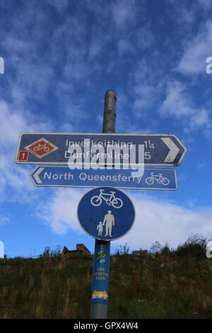 Cycle route 1 sign near North Queensferry fife Scotland  August 2016 - Stock Photo