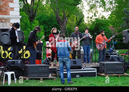 Forte Marghera, Venice. A music band plays n the Venetian countryside. - Stock Photo