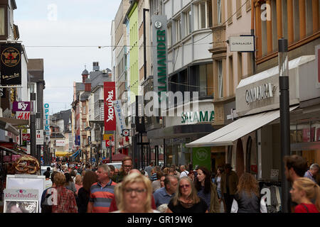 koblenz germany 5th sep 2016 pedestrians walking along stock photo 117429012 alamy. Black Bedroom Furniture Sets. Home Design Ideas