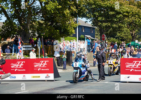 Michael Dunlop at the start of 2016 Classic Superbike TT race in which he came 1st - Stock Photo
