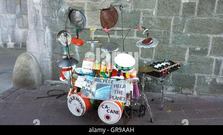 how to make a drum set from recycled materials