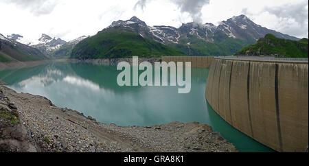 Kaprun Dam, Mooserboden lake - Stock Photo