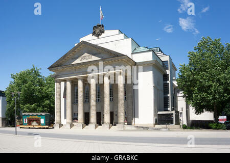 State theatre detmold germany stock photo 103530675 alamy for Innenarchitektur ostwestfalen lippe