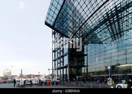 Berlin Main Railway Station - Stock Photo