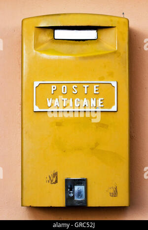Poste Vaticane - Stock Photo