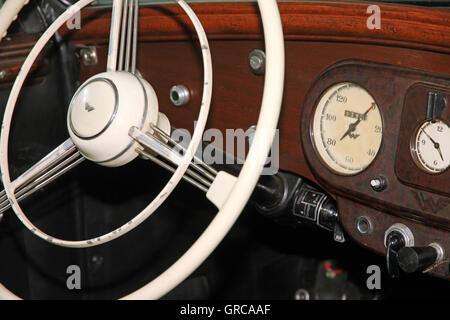 Oldtimer Steering Wheel - Stock Photo