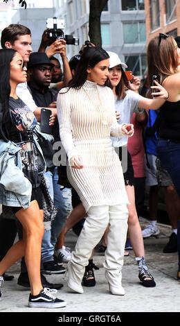 New York, USA. 7th September, 2016. Kim Kardashian sighting in New York. NY September 07, 2016. © MediaPunch Inc/Alamy - Stock Photo