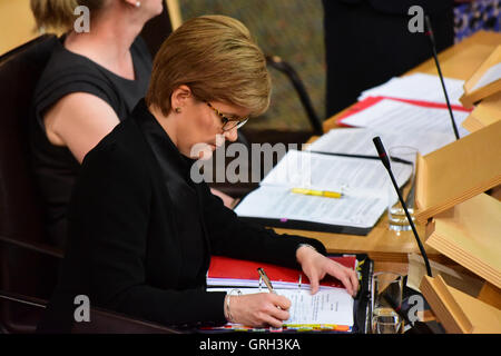 Edinburgh, Scotland, United Kingdom, 08, September, 2016. Nicola Sturgeon at First Minister's Questions in the Scottish - Stock Photo