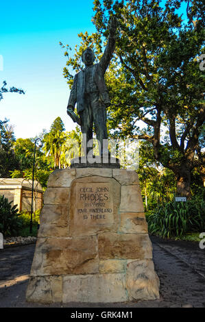 South Africa, Cape Town. The Company's Garden in central Cape Town was originally created in the 1650s. Statue of - Stock Photo