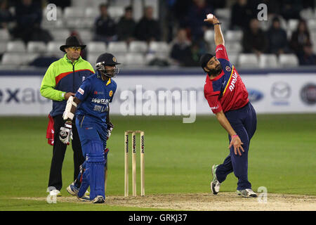 Monty Panesar in bowling action for Essex - Essex Eagles vs Sri Lanka - 50-over Tour Match at the Essex County Ground, - Stock Photo