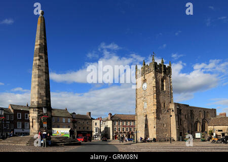Market Place, Trinity Church Square, Richmond, North Yorkshire, UK - Stock Photo