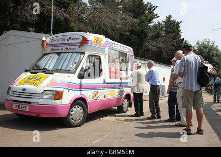 A roaring trade at the ice cream van during the lunch interval on a very hot day - Essex CCC vs Leicestershire CCC - Stock Photo