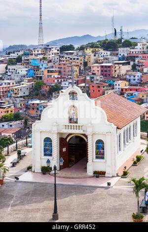 Ecuador barrio las penas at cerro santa ana quarter for Ministerios del ecuador