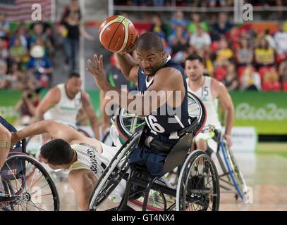 Rio de Janeiro, Brazil. 8th September, 2016. Trevon Jenifer (16) of the USA drives to the basket against Brazil - Stock Photo