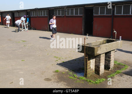 General view - The dressing room block at East Marsh, Hackney Marshes is scheduled for demolition in early May 2010 - Stock Photo