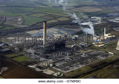 File photo dated 24/02/16 of an aerial view of Didcot Power Station, Oxfordshire, where Thames Valley Police believe - Stock Photo