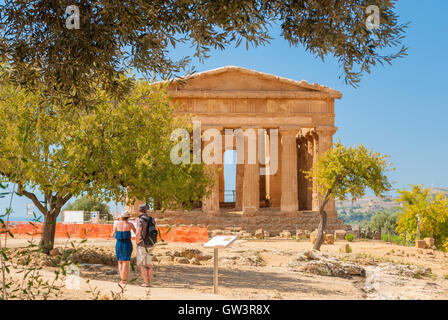 Front view of the greek temple of Concordia in the valley of the temples of Agrigento (Sicily) - Stock Photo