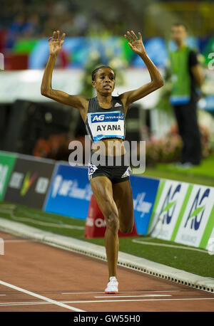 BRUSSELS, BELGIUM - SEPTEMBER 9:  Ayana Almaz of Ethiopia competes during the 5000m Women of the AG Insurance Memorial - Stock Photo
