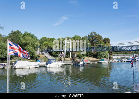 The Western Suspension Bridge, Teddington Lock, London Borough of Richmond upon Thames, Greater London, England, - Stock Photo