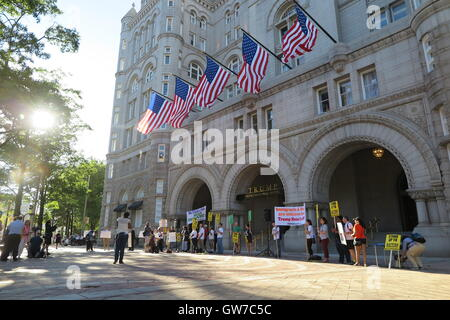 Washington DC, USA. 12th Sep, 2016. Several demonstrators protesting against Republican presidential candidate Donald - Stock Photo