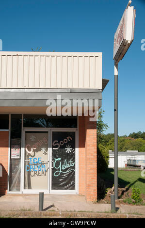 Empty store in a small town in north Texas, - Stock Photo