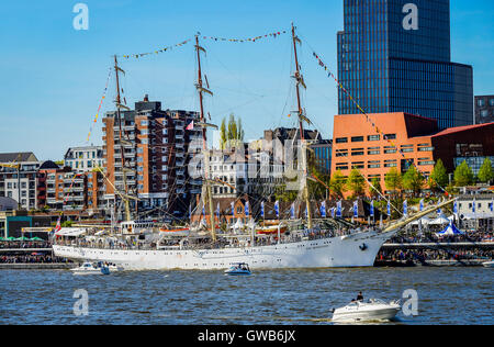 The Polish sail school ship Mlodziezy for the harbour birthday in the Hamburg harbour, Germany, Europe, Das polnische - Stock Photo