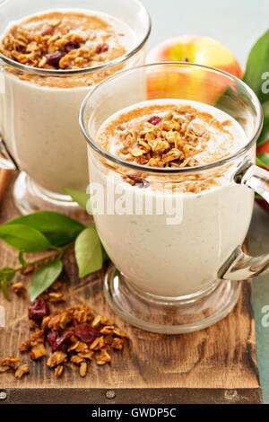 Apple pie smoothie with cinnamon - Stock Photo