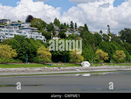 Shoreline at low tide in White Rock, British Columbia (Greater Vancouver) - Stock Photo