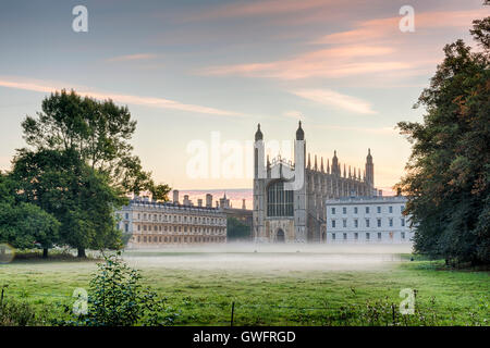 King's College, Cambridge, UK, 13th September 2016. Mist hangs in the air and across the manicured lawns of King's - Stock Photo