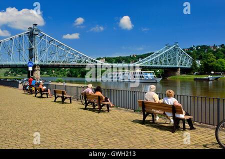 Dresden, Loschwitzer Bruecke Blaues Wunder und Elbhang - Stock Photo