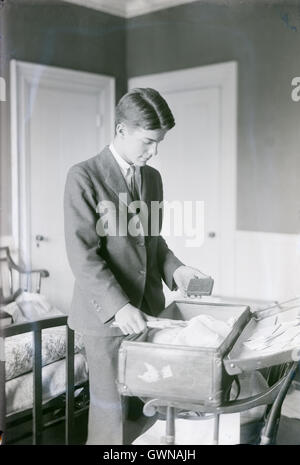 Antique c1906 photograph, Kermit Roosevelt. Kermit Roosevelt, MC (1889-1943) was an American businessman, soldier, - Stock Photo
